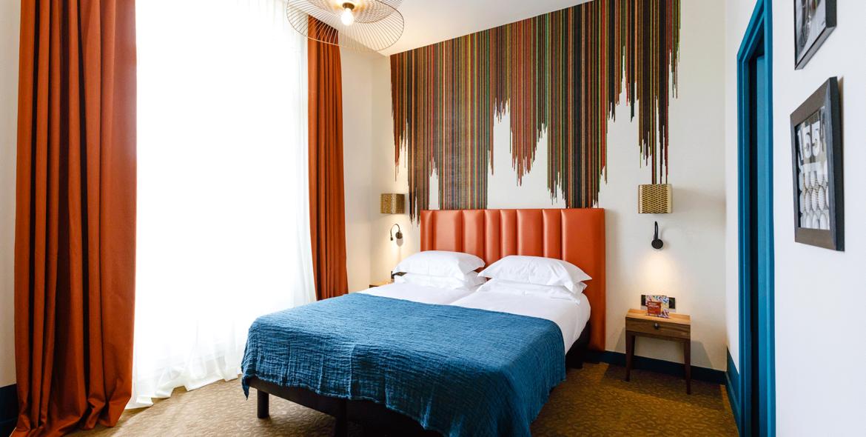 chambre-etage-2-hotel-verlaine-cannes-7